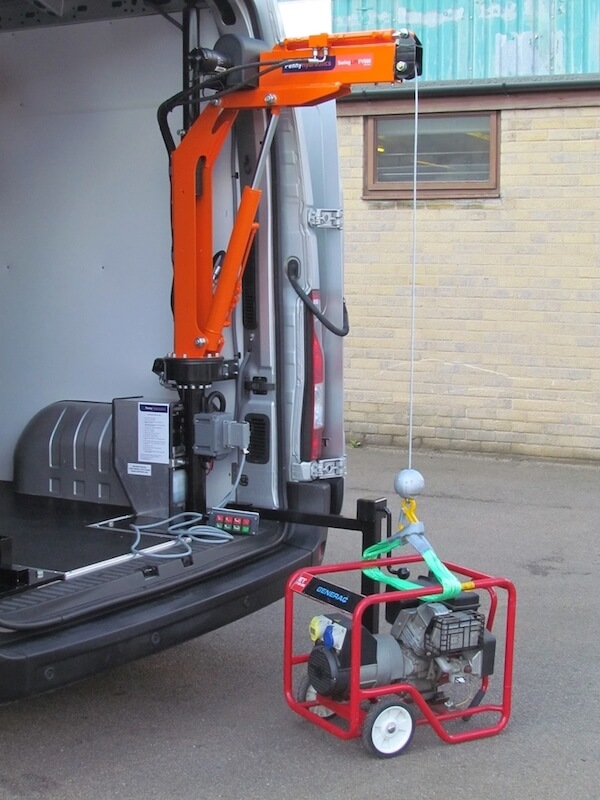 Penny Hydraulics Swing Lift in bestelwagen